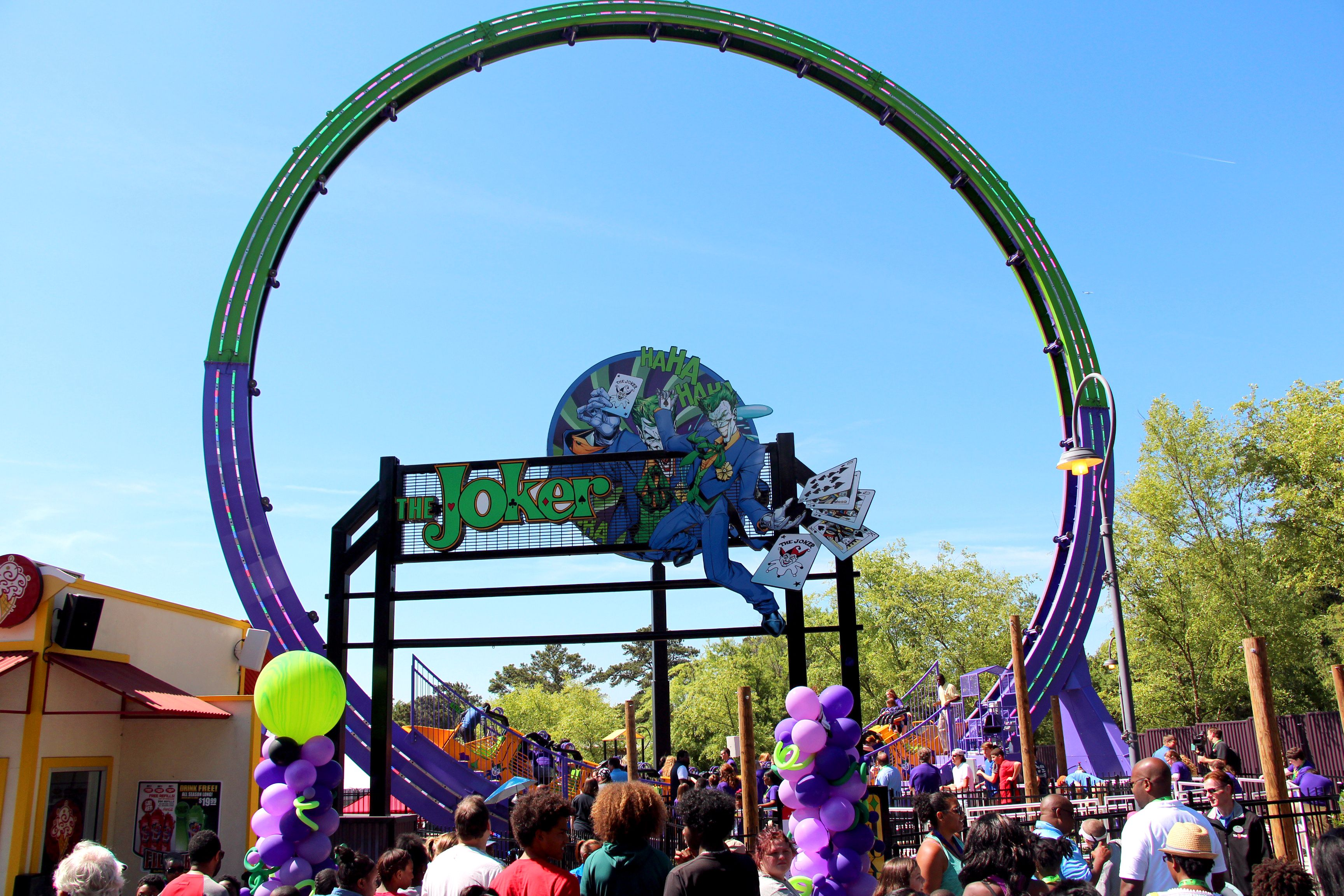 Video The Joker Chaos Coaster Full Ride Pov At Six Flags Over Georgia Theme Park Hq Six Flags Six Flags Season Pass Theme Park