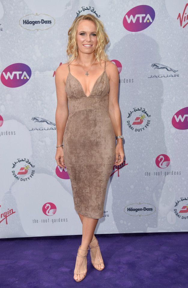 499f8dd0798 Caroline Wozniacki #hotfemalegolfer | Sexy Golfers | Caroline ...