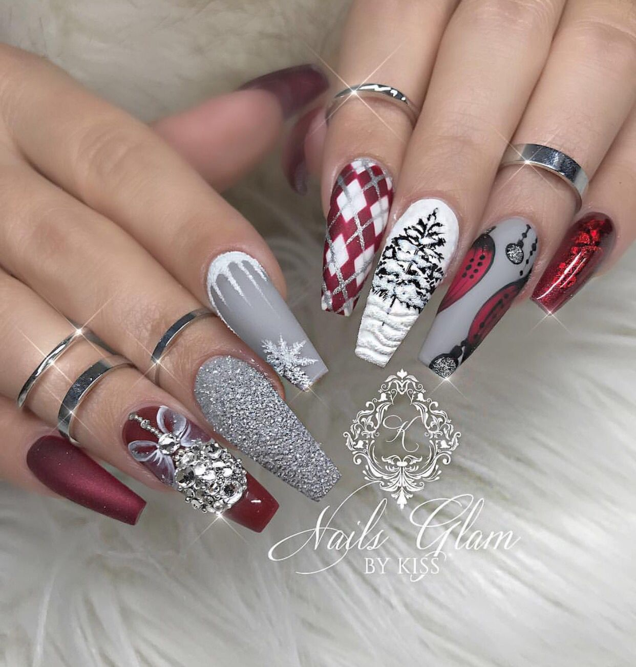 Christmas Acrylic Nails Grey: Pin By Brisza Herrera On Nails