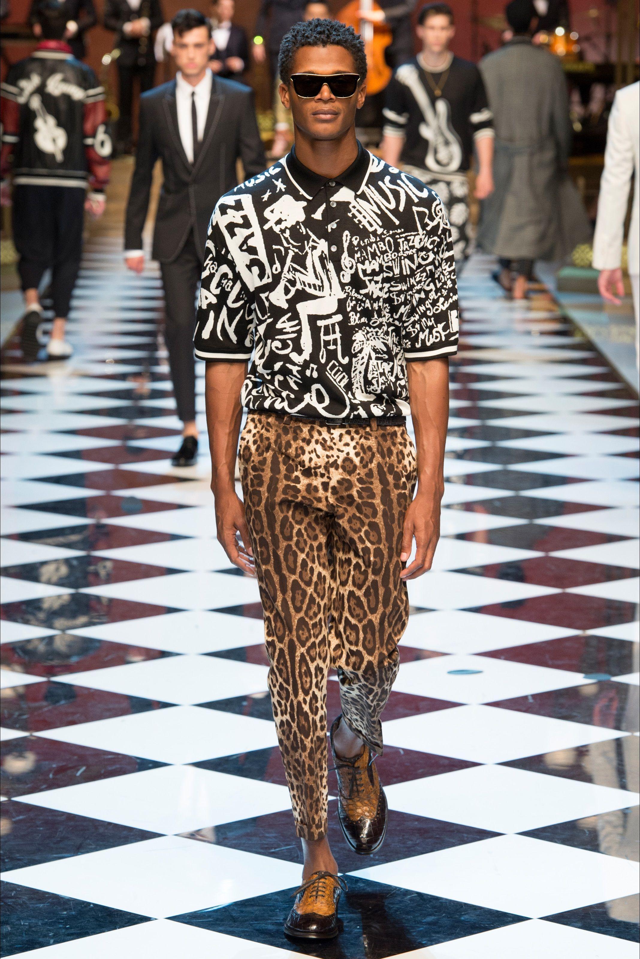 Sfilata Moda Uomo Dolce   Gabbana Milano - Primavera Estate 2017 - Vogue Moda  Uomo 97b1813ba43