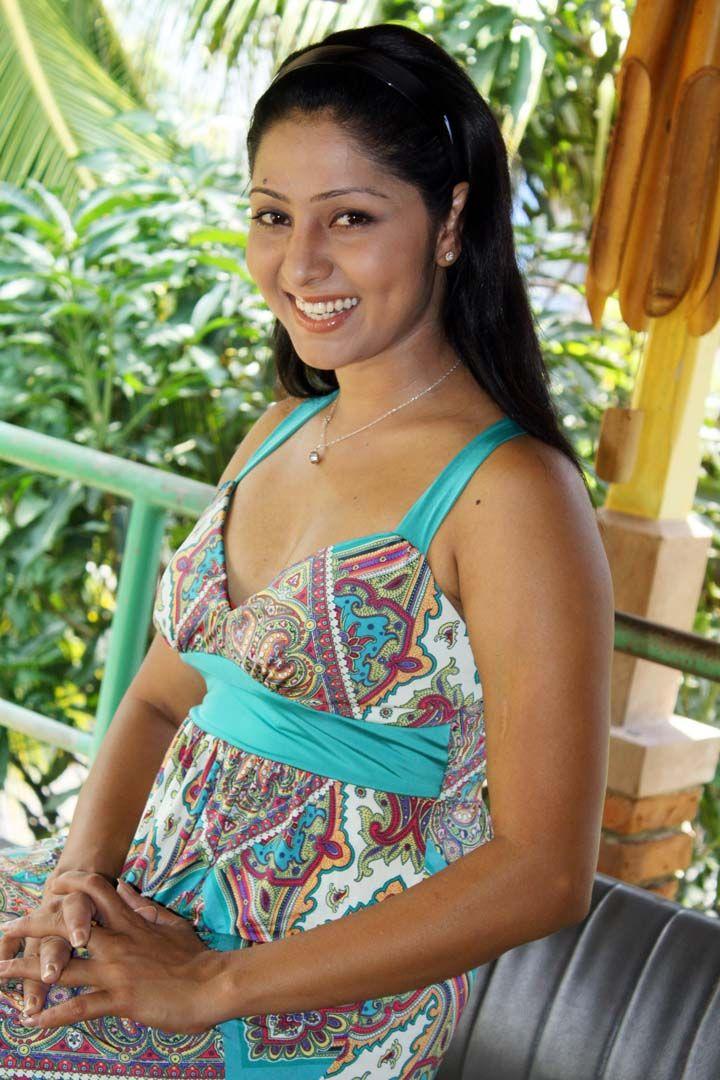 Udayanthi Kulathunga Hot Gossip Actress Photos Collection Sri Lankan Actress Actresses Female Actresses