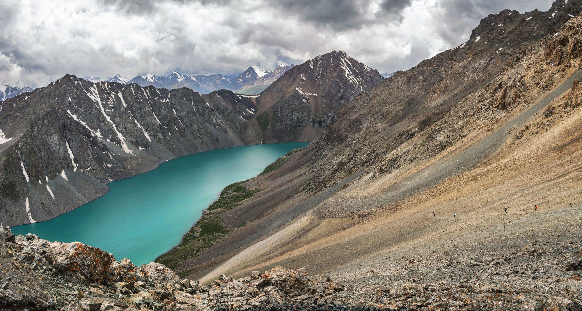 Киргизия. Озеро Тянь-Шань