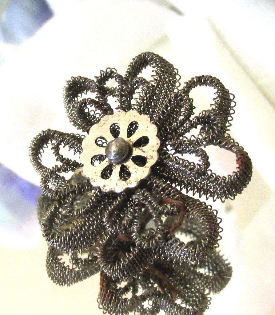 ButtonArtMuseum.com - Amazing Antique Intricate Wire Work Flower Button w Twinkle Center E18