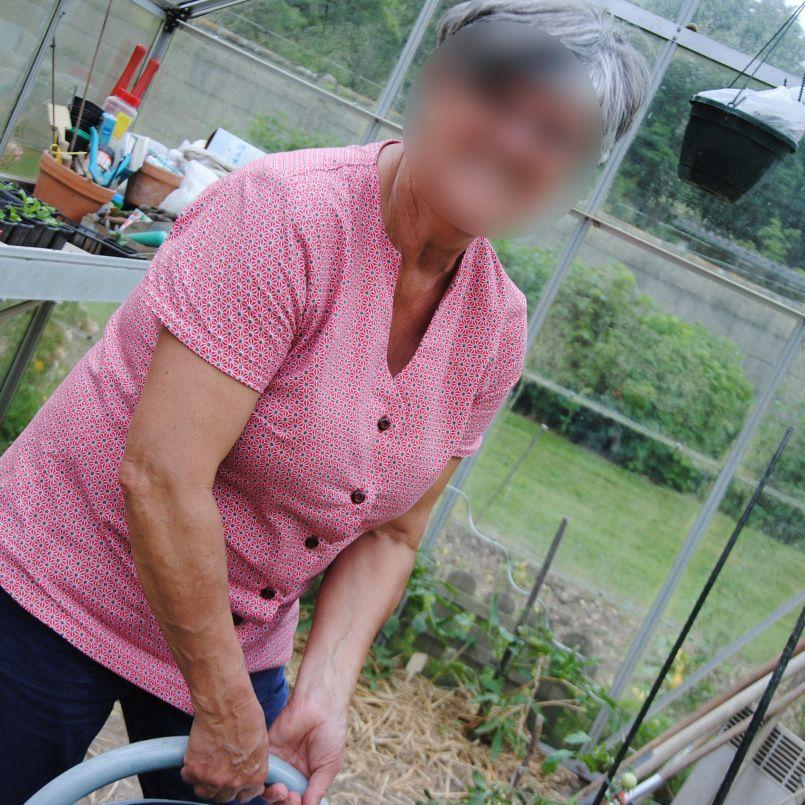 Jardin Masculin Ou Feminin: Féminin, Mlm Patrons, Un Chemisier