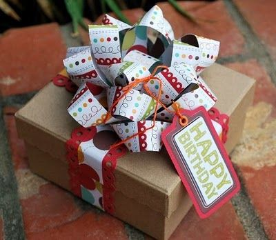 15 Gift Bow Tutorials