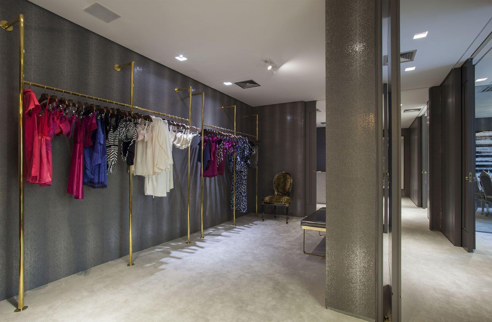 Vionnet debuts its first store in Parisu0027