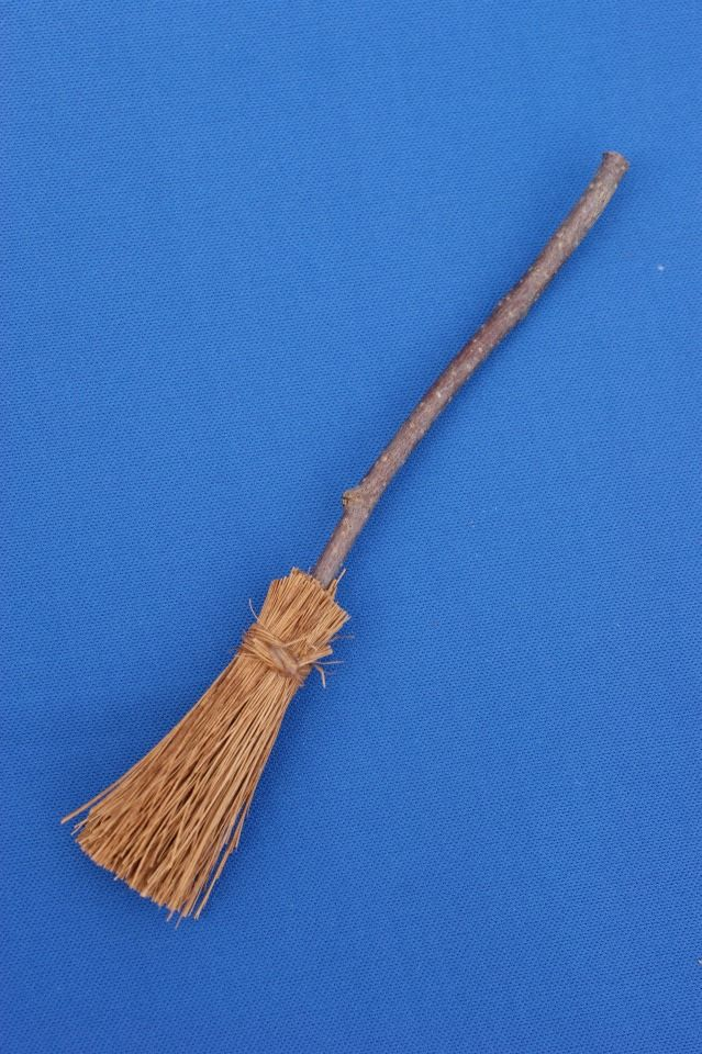 112th Scale Miniature Besom Broom Perfect For Dolls Houses Pagan