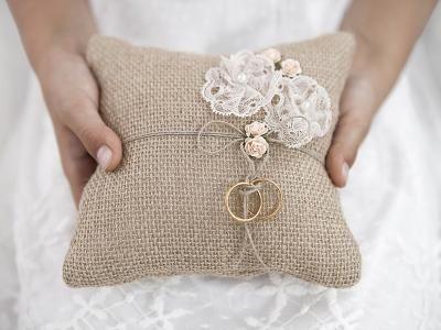 Poduszka Pod Obraczki Juta Len Eco 5931681304 Oficjalne Archiwum Allegro Ring Pillow Wedding Ring Bearer Wedding Wedding Ring Bearer Pillow