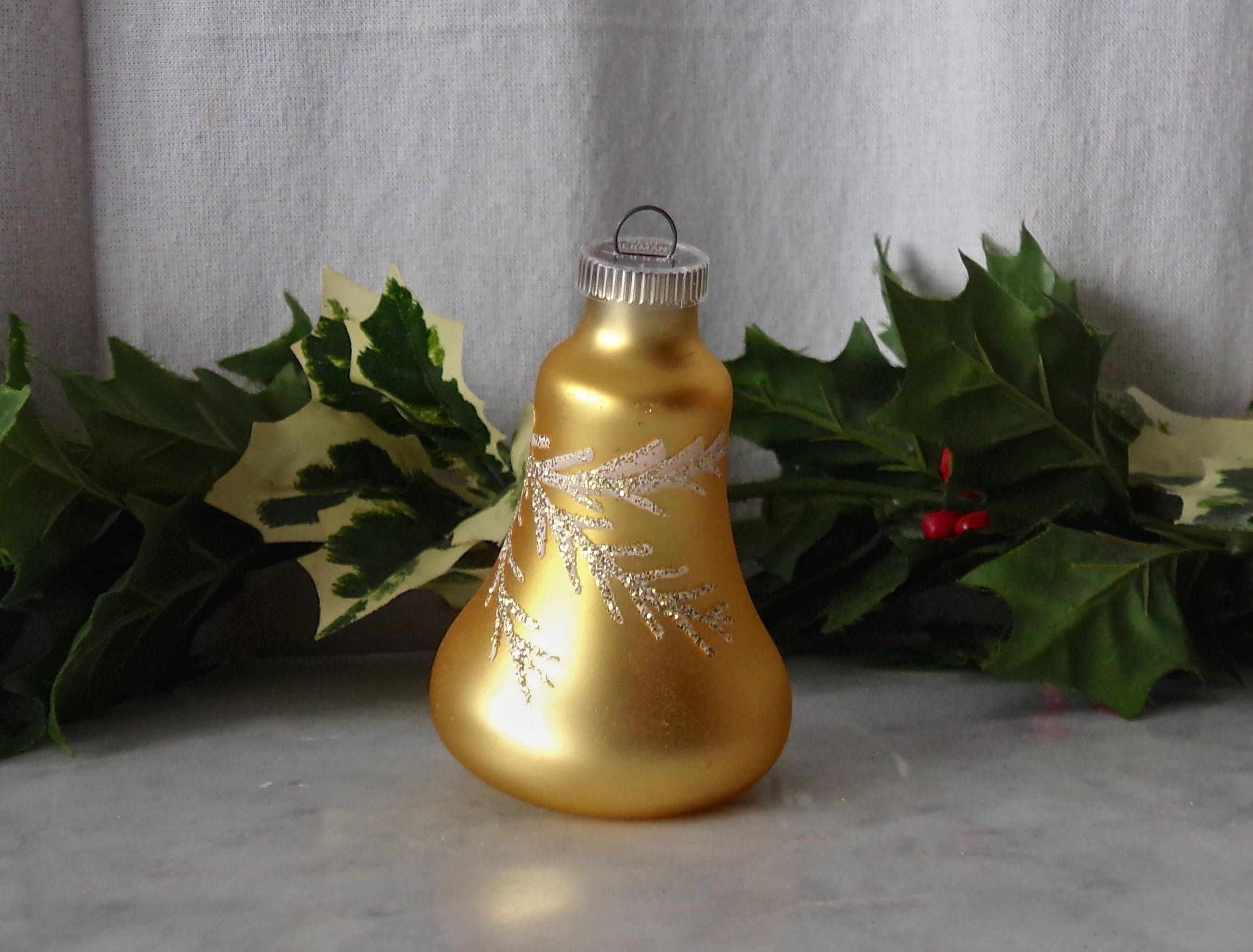 Vintage Christmas Ornament Gold Glass Bell Mica Glitter Etsy In 2020 Vintage Christmas Gold Glass Vintage Candles