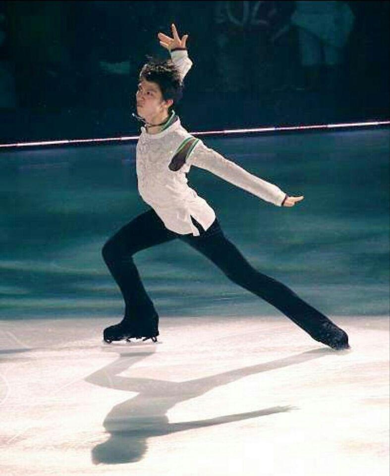 【ドリーム・オン・アイス2015】 DOI 6月12~14日 新横浜スケートセンター 画像とニュース動画をまとめます。出演者:出演者:羽生結弦 、無良崇人、小塚崇.