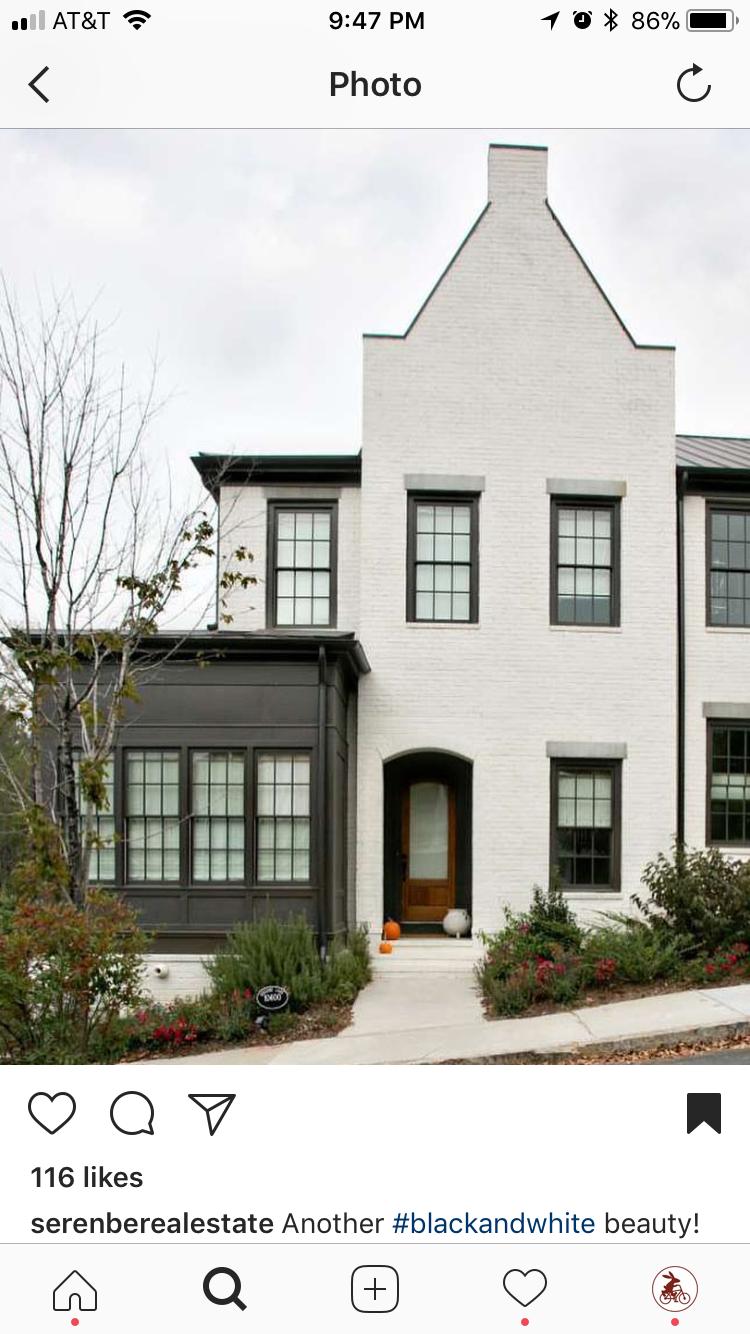 Hauswand, Strandhäuser, Wasser, Inneneinrichtung, Farbe Ziegel, Schwarze  Fenster, Kindermöbel, Kleine Häuser, Ideen