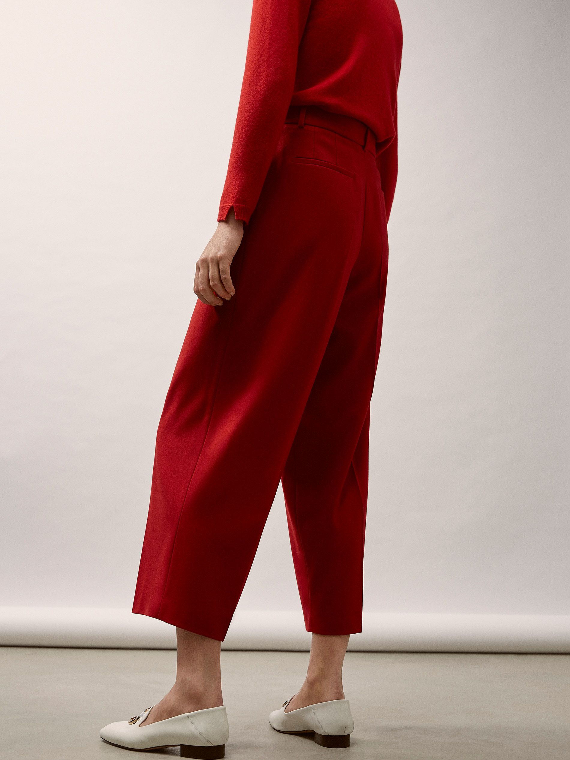 6994f79adb9 CROPPED FIT RED WOOL SUIT TROUSERS WITH DARTS DETAIL - Women - Massimo Dutti