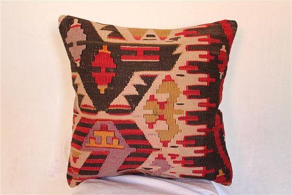 Kilim Pillow Anatolian Wool Pillows Throw pillow di BrilliantArt, $45.00