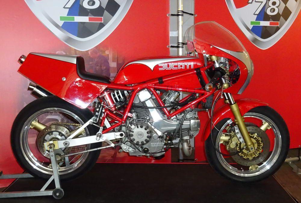 Street legal Pantah TT  Ducati TT/F1 Symposium Assen 2016