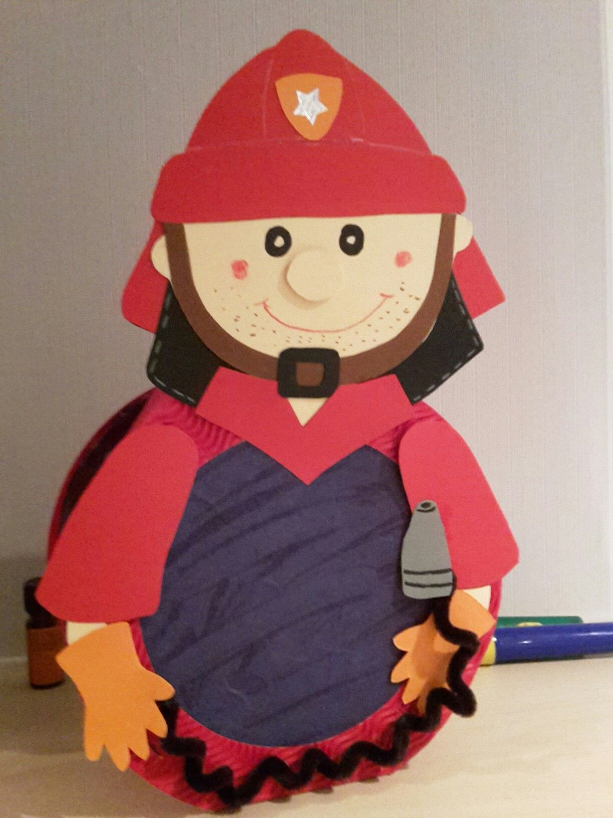 Laterne Feuerwehrmann #laternekleinkind Laterne Feuerwehrmann