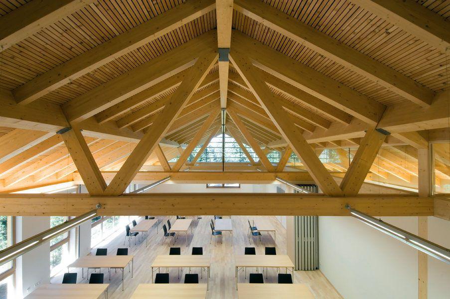 Ossatura per tetto in legno / lamellare / prefabbricata - LATEMAR FORESTRY SCHOOL by Stefan Gamper  - HOLZBAU