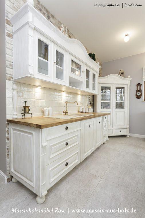 Die #Küchenschränke im #Landhausstil sind traditionell, haben ...