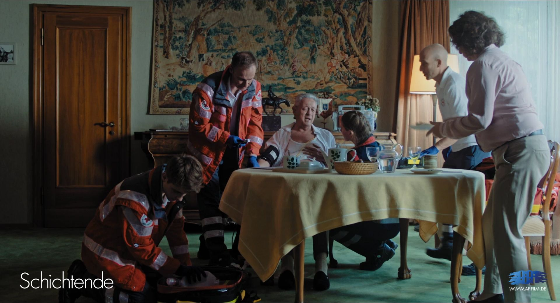 """""""Schichtende"""" is a German short movie project portraying the young paramedic Ben, who starts questioning himself after small mistakes add up during his very first shift. We supported the project with wireless radios and headsets. #RIEDEL"""