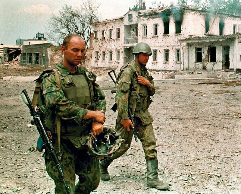 a history of the conflict between the chechens and russia The first chechen war was a clash between the russian federation and the chechen republic ichkeria (their long history of conflicts with indigenous.