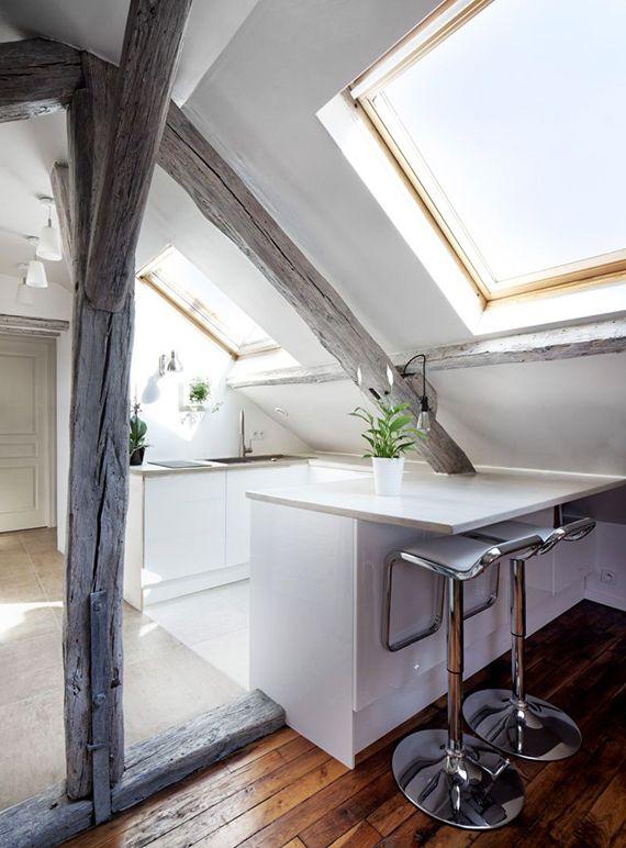 dachwohnung platzsparend einrichten mit kleiner küche und esstisch ... - Dachwohnung Einrichten Bilder