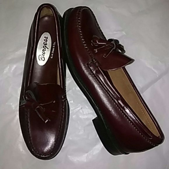 Weejuns G.H.Bass Loafers Size 8 AA New Never Worn G.H.Bass Shoes Flats & Loafers