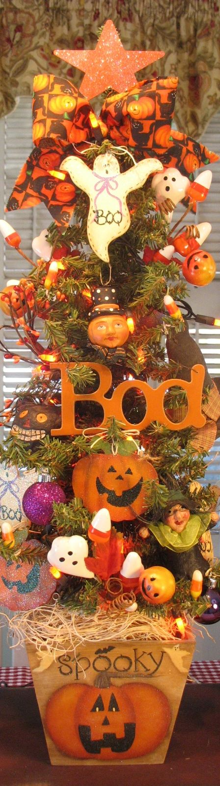 Primitive Jack O Lantern Halloween Tree W/ Orange Lights Hand