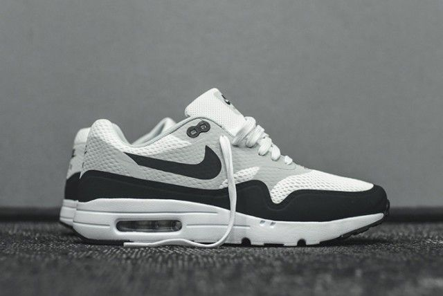 Nike Air Max 1 Ultra Essential (White/Anthracite) - Sneaker Freaker