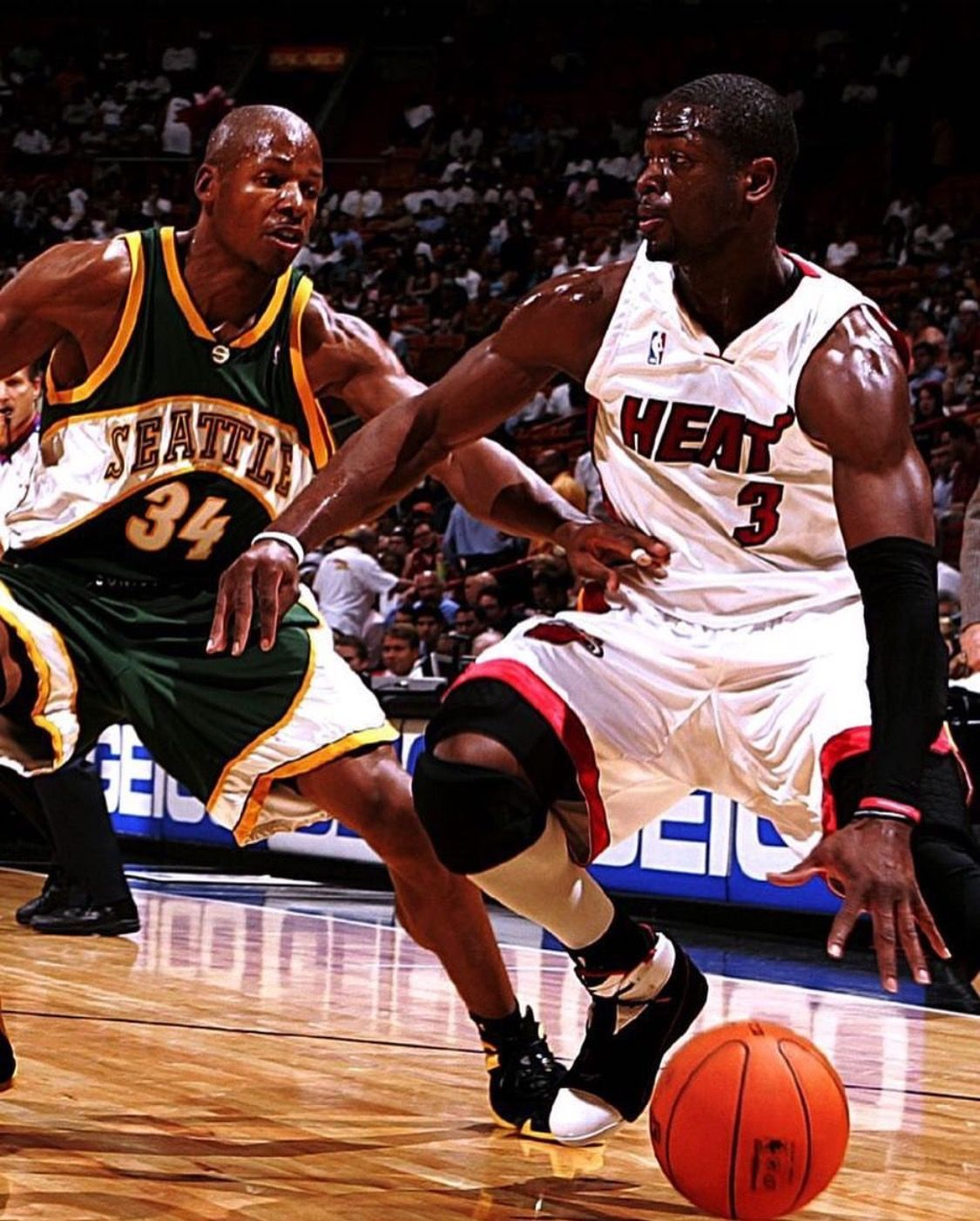 4b7d6463b8f Young D Wade trying to get by the best shooter ever Ray Allen ...