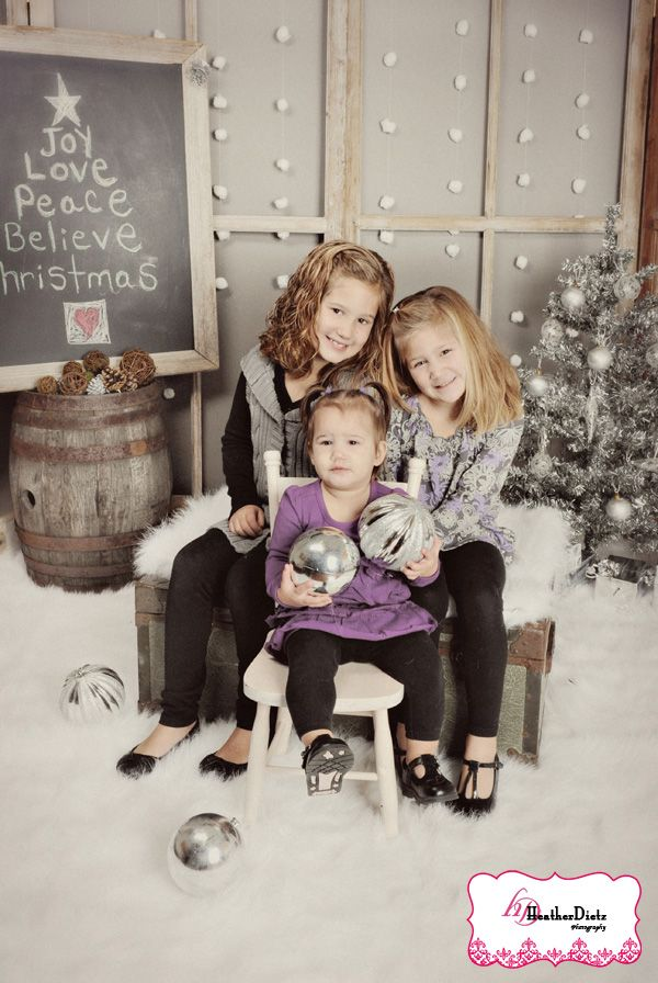 Props For Indoor Family Holiday Photo Shoot