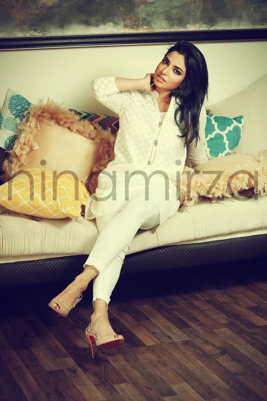 Zara Mallick of FZM Boutique Fitness models for client and friend Hina Mirza Fatima Zara Mallick o