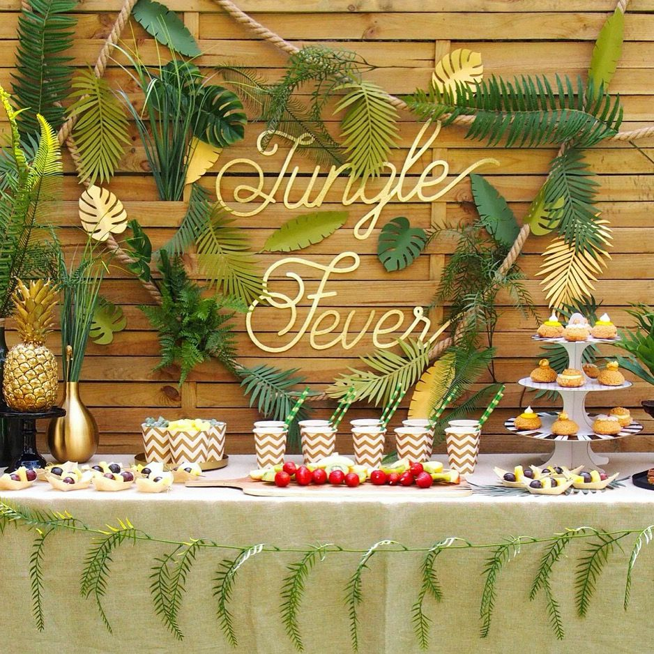 jungle party jungle tropical party pinterest deco anniversaire jungle et anniversaires. Black Bedroom Furniture Sets. Home Design Ideas
