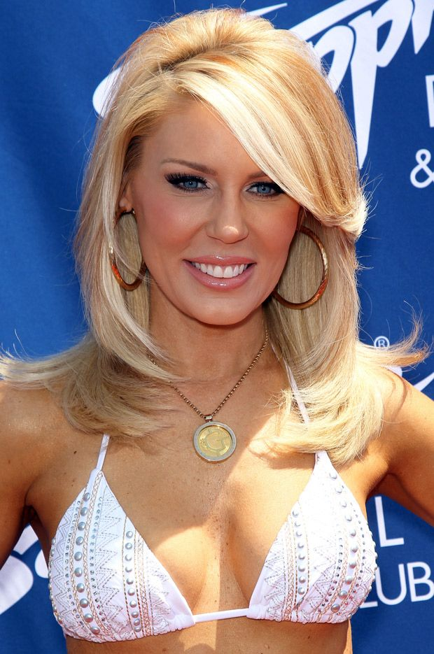 Newly Engaged Gretchen Rossi Shows Off Her Bikini Body In Las Vegas