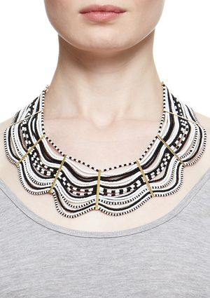 f93276cd6368 Pattern reminds me of the Traditional Colombian hat called Sombrero  Vueltiao Beaded Collar