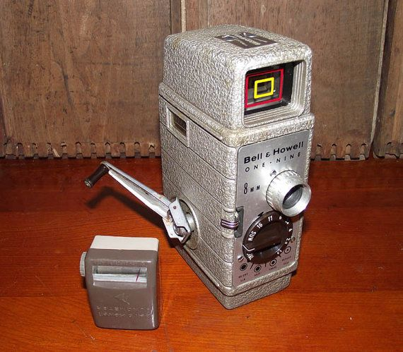 Bell & Howell One Nine 8mm Film Camera circa 1940s   8mm and