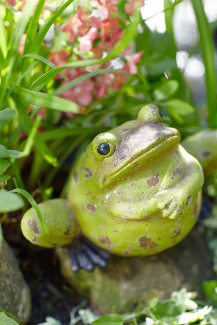 Frog Garden Statue Item #58308