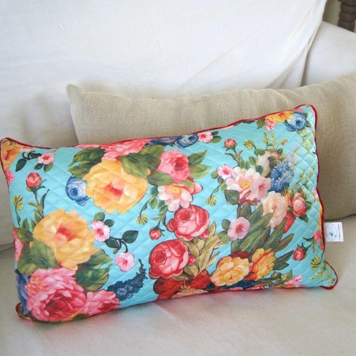 coussin tissu matelass fleuri 30 x 50 cm cr ation de la boutique de l 39 imaginaire. Black Bedroom Furniture Sets. Home Design Ideas