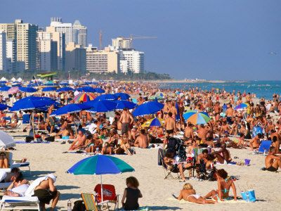 Sunbathing In South Beach Miami On New Year S Eve South Beach Miami Florida South Beach South Beach Miami