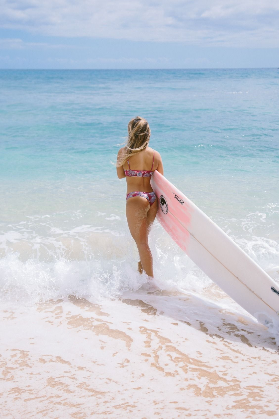 nude beaches girls Hawaii