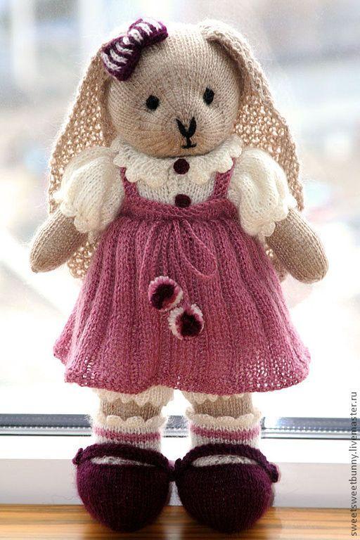 Knuffeldier, schattig konijntje met kleren aan | Knitting ...