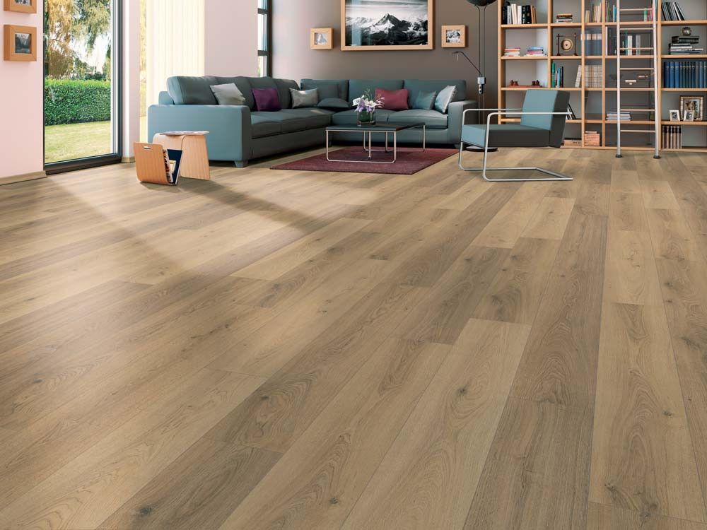 Elf Autumn Honey Oak 7 Mm Laminated Flooring Ctm Floors