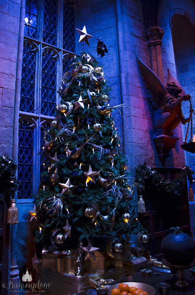 Hogwarts Great Hall Christmas Tree By Bakingdom Harry Potter Christmas Tree Harry Potter Christmas Hogwarts Christmas
