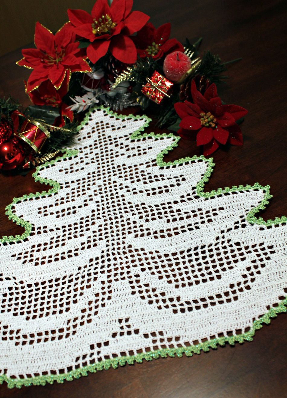 Holiday Tree Crochet Doily 2 Crochet Christmas Trees Holiday Tree Crochet Doilies