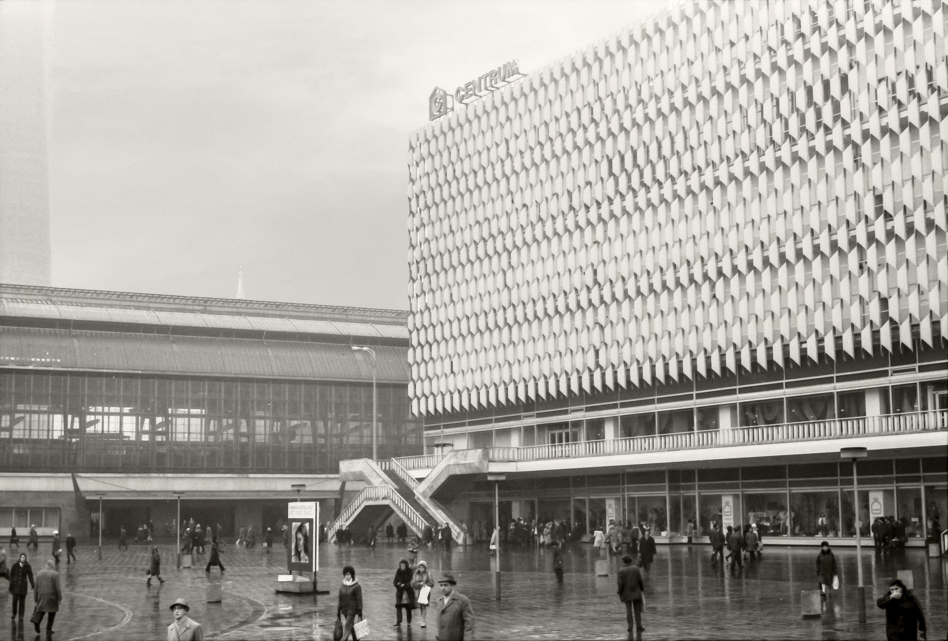 1972 Berlin Alexanderplatz Bei Nebligem Wetter Landmarks Louvre Berlin
