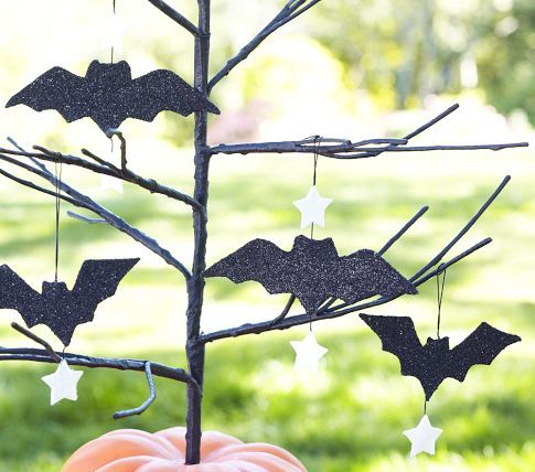 Post image for Pottery Barn Halloween Decorations on SALE