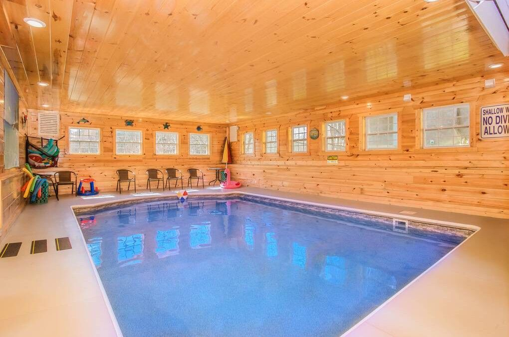 Heavenly Retreat Lodge 12 Bedroom Cabin Rental Cabin Rentals Beautiful Cabins Cabin