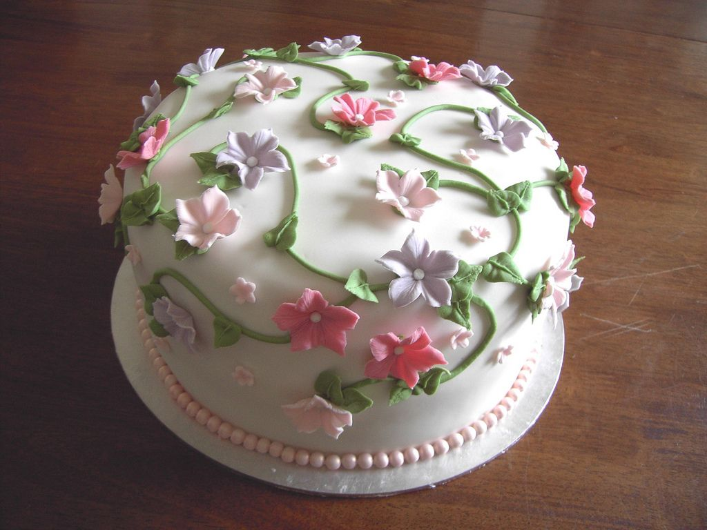 Garden Decoration For Cake : Flower Garden Cake Ideas Flower Cakes   Decoration Ideas ...
