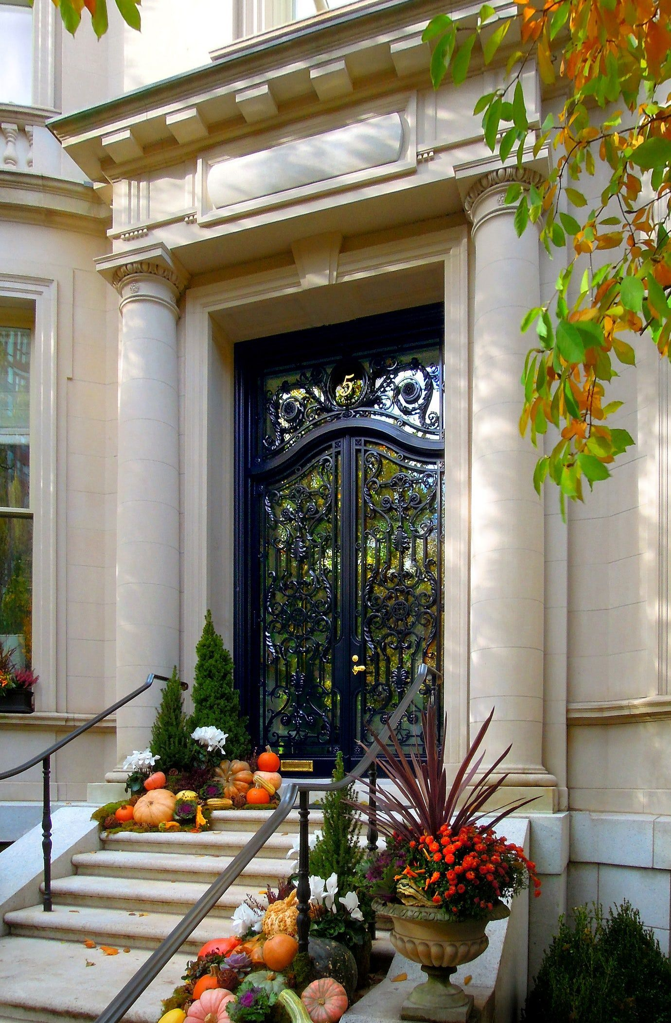 Entry To An Urban Townhouse Georgian Neoclassical Architectural Details Front