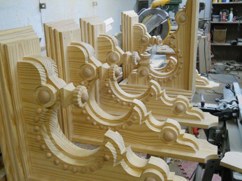 Large Pair Of Victorian Corbel Brackets 275 00 Via Etsy Decorative Corbels Corbels Exterior Corbels