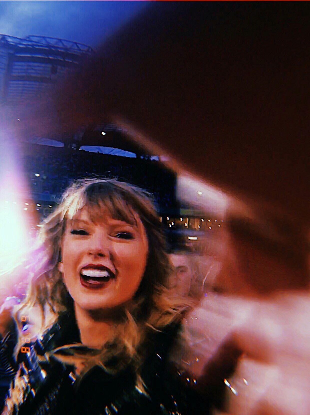 Pin Tayylorswift Vsco Abbyhallead Taylor Swift My Idol