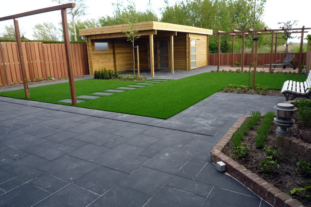 Tuin Tegels Hout.Grote Tegels Gras En Hout Landscaping Tuin Tuin
